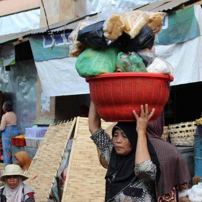 Der Markt Pasar Gunungsari Lombok Indonesien Asien Hoteltipp, Sehenswertes und Reisebericht Lombok unbekannte Perle Indonesiens www.gindeslebens.com