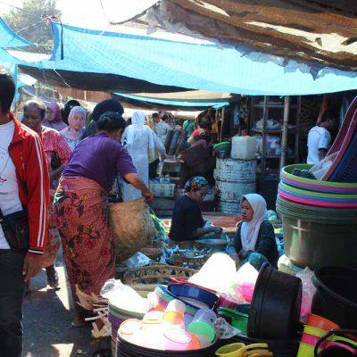 Einkaufstipp Markt Pasar Gunungsari Lombok Indonesien Asien Hoteltipp, Sehenswertes und Reisebericht Lombok unbekannte Perle Indonesiens www.gindeslebens.com