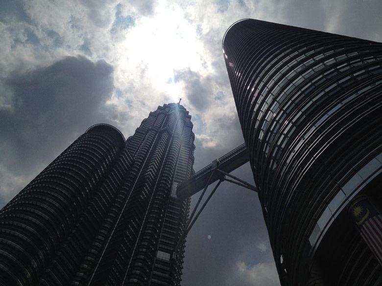 Petronas Towers Sehenswürdigkeiten Kuala Lumpur Malaysia