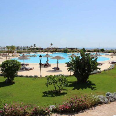 Anlage und Pool Hotel Gorgonia Beach Marsa Alam Ägypten Tauchparadies in der Krise Afrika www.gindeslebens.com