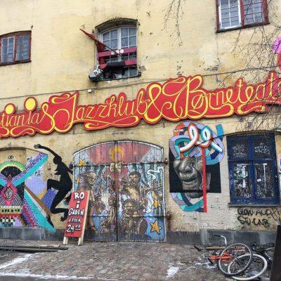 Freistadt Christiania Kopenhagen Kurztrip im Jänner Streetart © www.gindeslebens.com