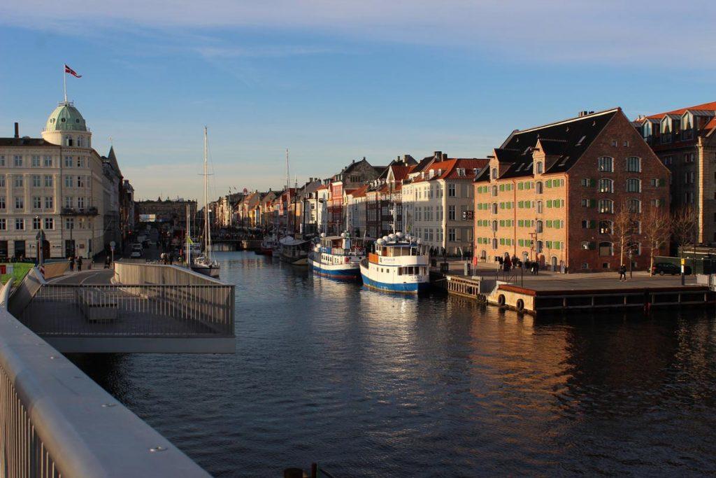Nyhavn Sehenswürdigkeiten Kopenhagen Kurztrip www.gindeslebens.com