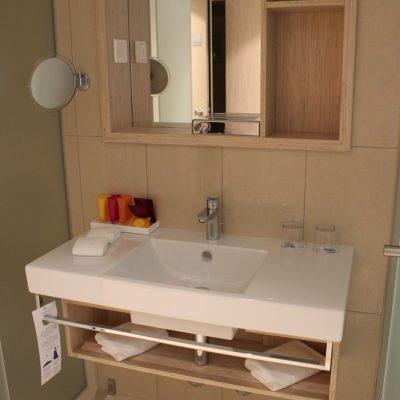 Das Badezimmer Zimmer und Suiten Adults Only Valamar Girandella Resort Rabac © www.gindeslebens.com