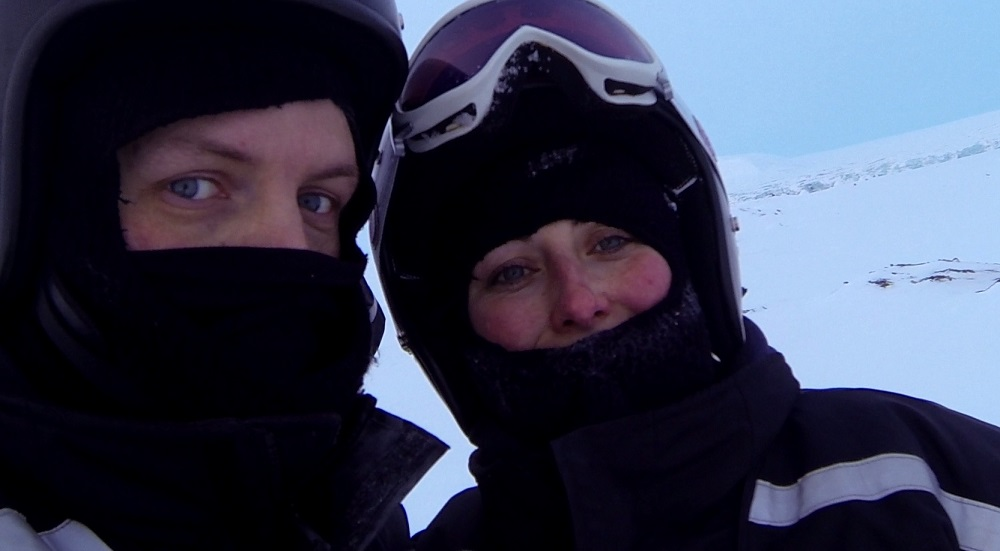 Schneemobil Expedition Spitzbergen Heiratsantrag und Hochzeit im Ausland www.gindeslebens.com