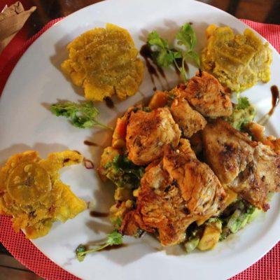 Restaurant Abenteuer Glamping im Dschungel Costa Ricas Almonds & Corals www.gindeslebens.com