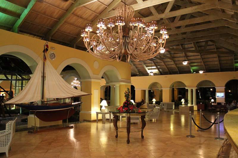Rezeption Anlage Iberostar Hacienda Dominicus Bayahibe Dominikanische Republik www.gindeslebens.com