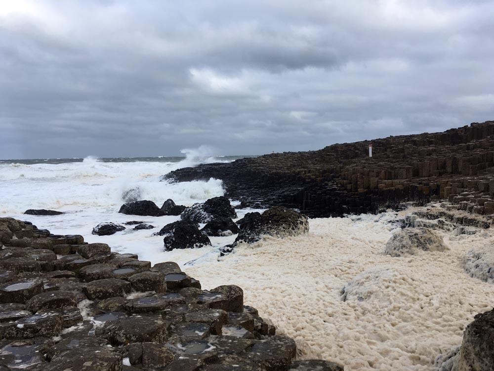 Landschaft Irland Giant's Causeway Traumstrände in Europa www.gindeslebens.com