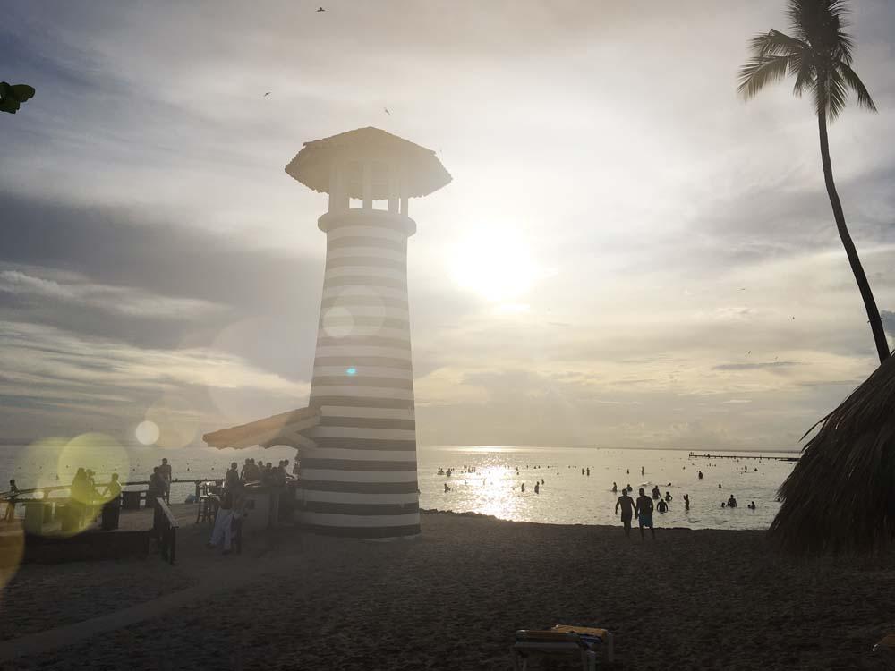 Leuchtturm am Strand Iberostar Hacienda Dominicus Bayahibe Dominikanische Republik www.gindeslebens.com