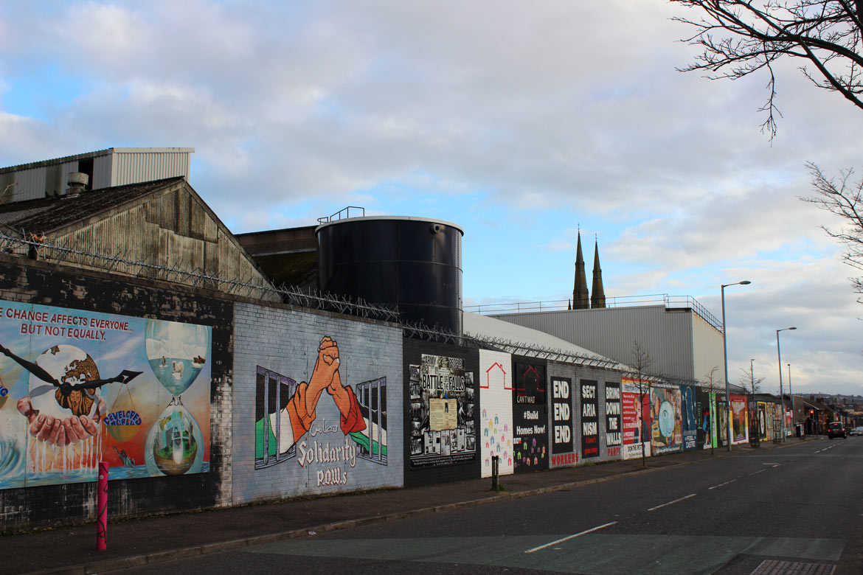 Murals in Belfast – Kunst die Geschichte erzählt