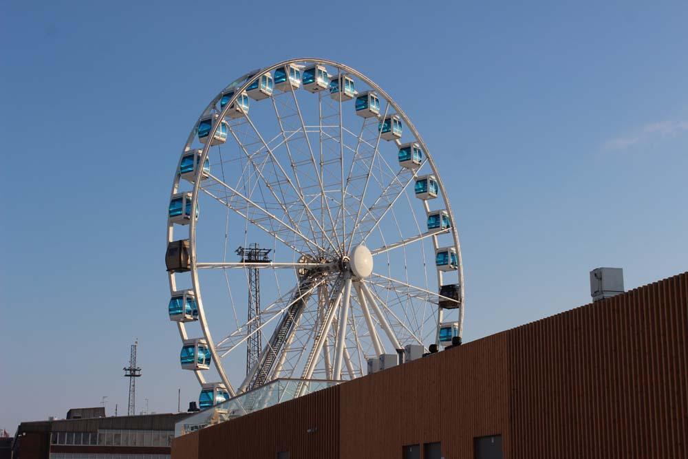 Helsinki Skywheel Riesenrad Helsinki Sehenswürdigkeiten - Aktivitäten & Tipps mit der Helsinki Card www.gindeslebens.com