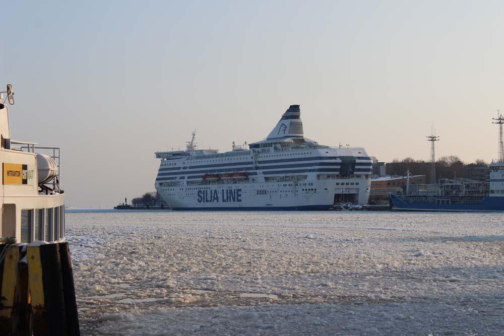 Hafen Helsinki - Helsinki Sehenswürdigkeiten - Aktivitäten & Tipps mit der Helsinki Card www.gindeslebens.com