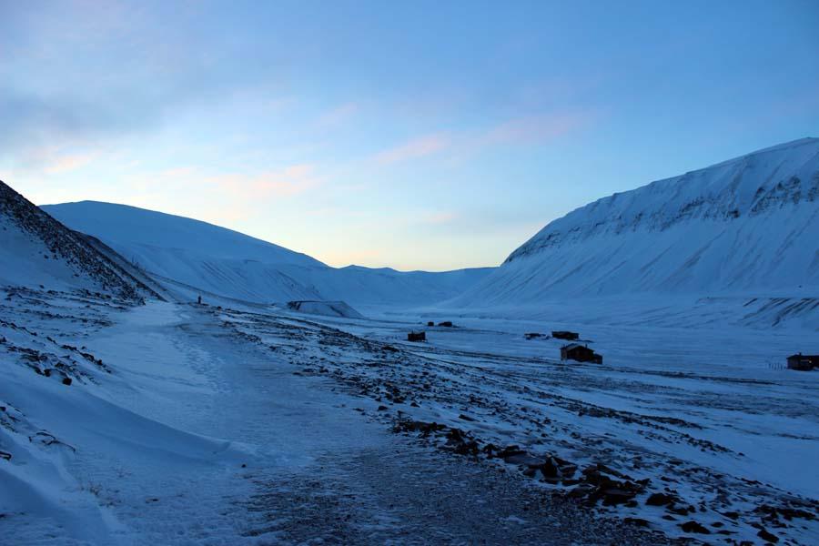 Björndalen - der Weg durch das Tal der Bären Arktis Fototour mit See and Explore Longyearbyen Spitzbergen www.gindeslebens.com