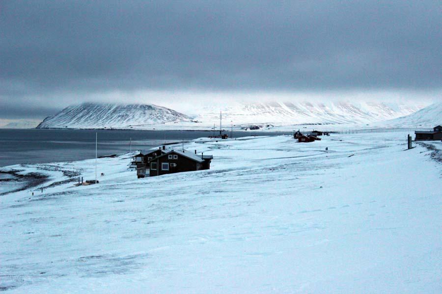 Häuser im Björndalen Arktis Fototour mit See and Explore www.gindeslebens.com