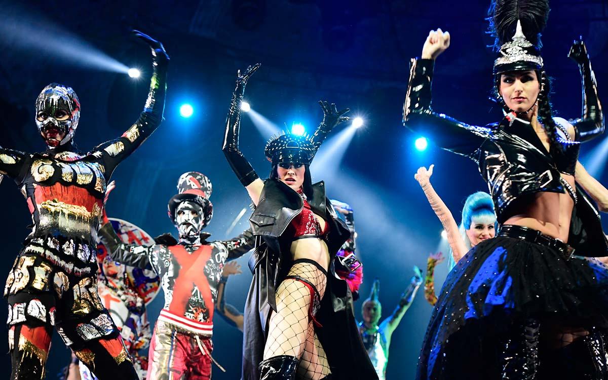 THE ONE Grand Show – Show der Superlative