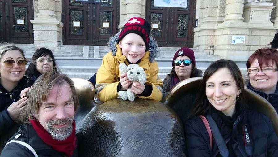 Die Reiseblogger WG Wien - mit dabei Max, Annalisa, Michel mit Bonny, Melanie, Eva, Ina und ich (Ines)