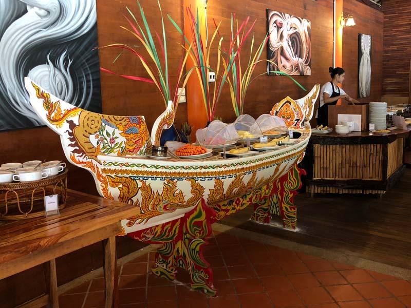 Frühstücksbuffet Phi Phi The Beach Resort Thailand www.gindeslebens.com