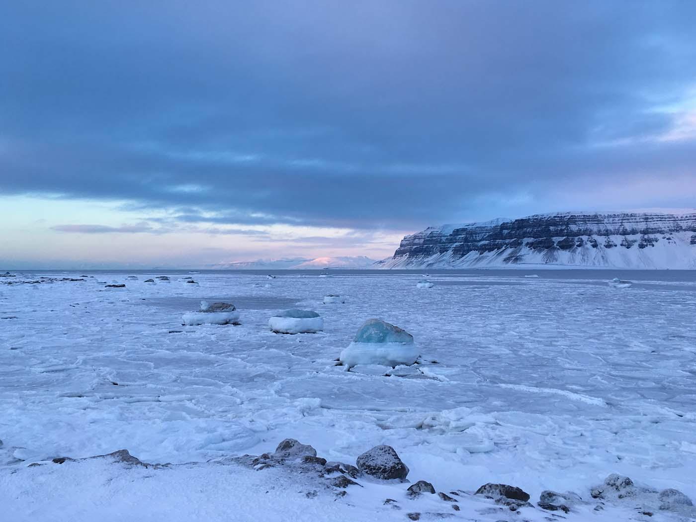 Spitzbergen Wetter, beste Reisezeit & unsere 9 Arktis Basics