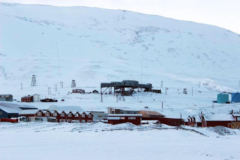 Spitzbergen Urlaub in der Arktis Kohleabbau in Longyearbyen www.gindeslebens.com