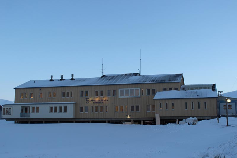 Spitzbergen Urlaub in der Arktis Krankenhaus Longyearbyen www.gindeslebens.com