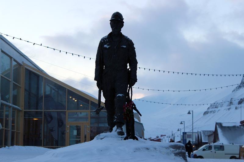Spitzbergen Urlaub in der Arktis - Minen auf Spitzbergen www.gindeslebens.com