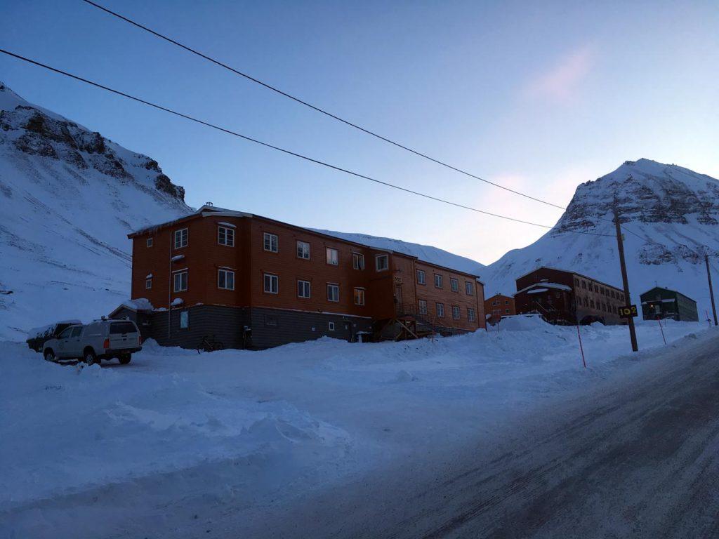 Spitzbergen Reise – Hotels und Restaurants in Longyearbyen www.gindeslebens.com