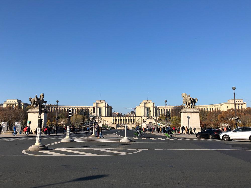 Palace du Trocadéro Sehenswürdigkeiten Paris www.gindeslebens.com