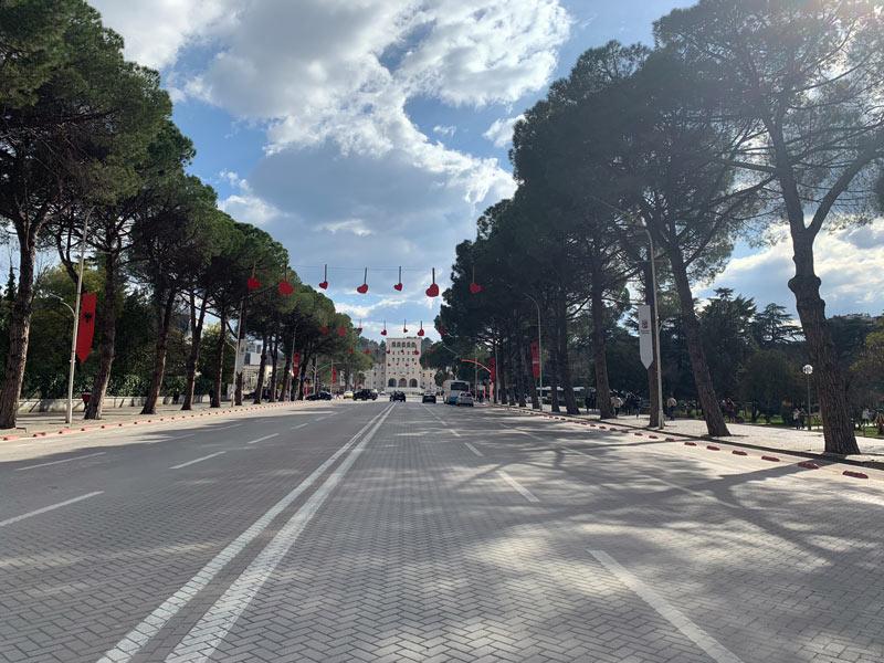 Tirana Albanien www.gindeslebens.com