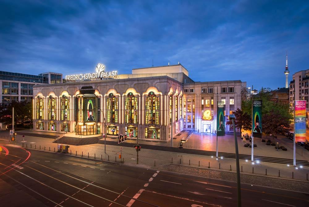 Friedrichstadt-Palast Foto Bernd Brundert VIVID Grand Show im Friedrichstadt-Palast – eine Liebeserklärung an das Leben