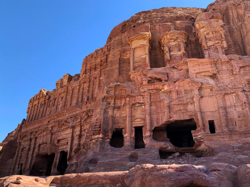 Das Palastgrab – The Palace Tomb Gräber der Königswand - Royal Tombs Petra Jordanien www.gindeslebens.com