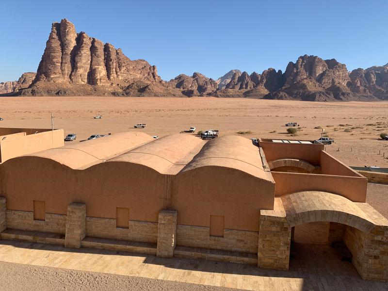 Wadi Rum Visitor Center Jordanien und der Al Hijaz Zug www.gindeslebens.com