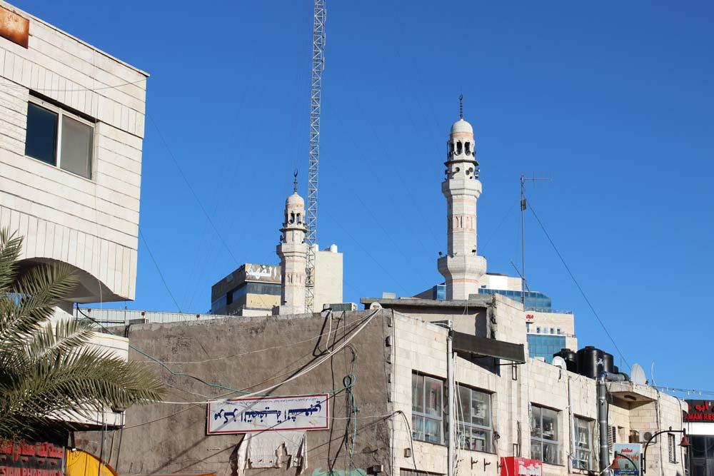 Blick auf die Jamal Abdel Nasser Mosque (Al Bireh Big Mosque) Ramallah Palästina - Sehenswürdigkeiten www.gindeslebens.com