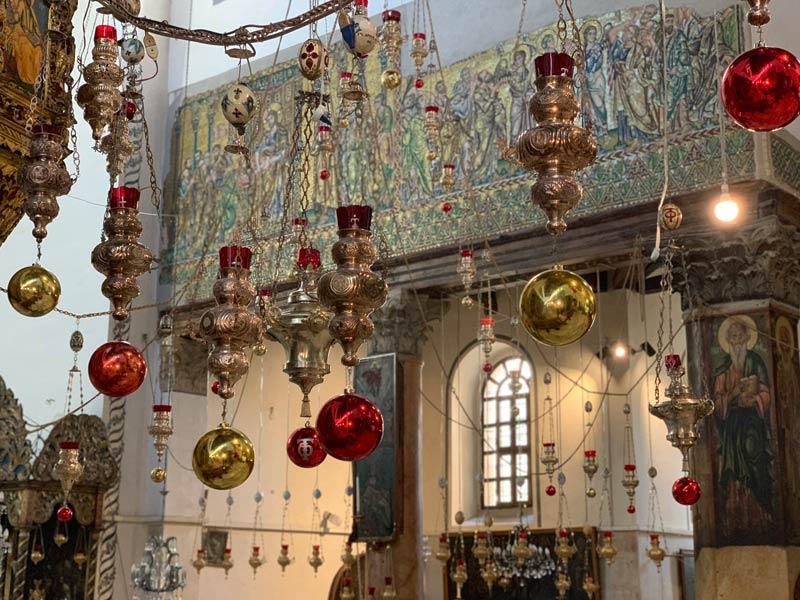 Dekoration in der Geburtskirche Bethlehem www.gindeslebens.com