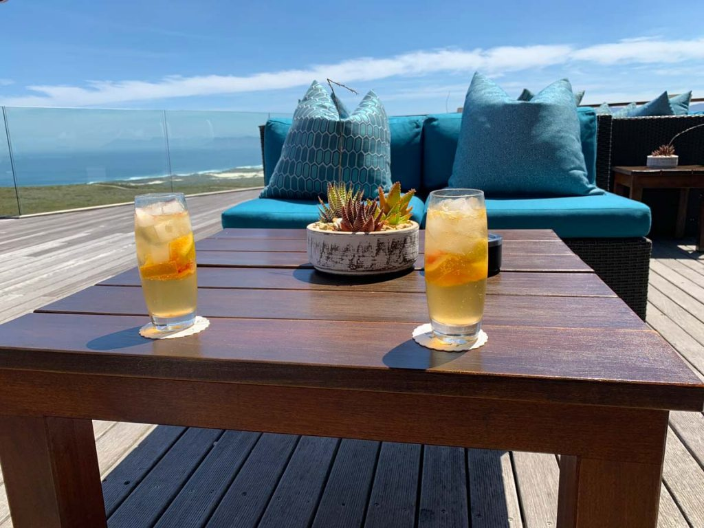 Terrasse Grootbos Privat Nature Reserve Sing meinen Song 2019 www.gindeslebens.com