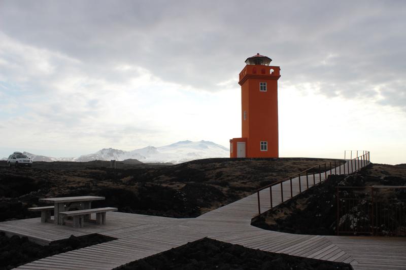 Leuchtturm Mietwagen Rundreise Island www.gindeslebens.com