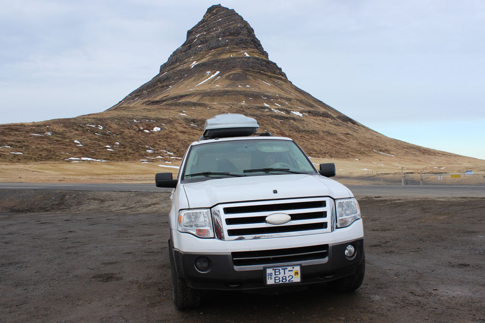 Island Auto mieten - dar perfekte Mietwagen für eine Island Rundreise www.gindeslebens.com