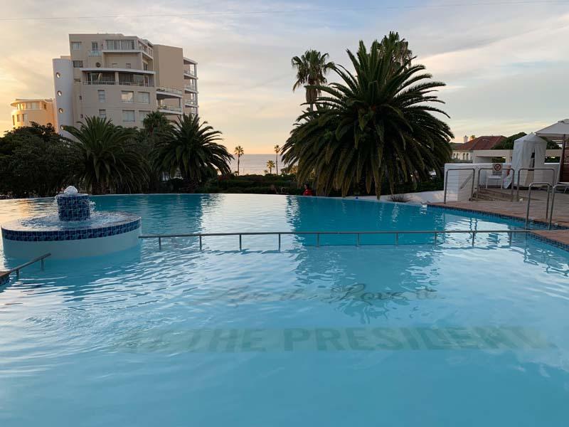 Pool President Hotel Kapstadt