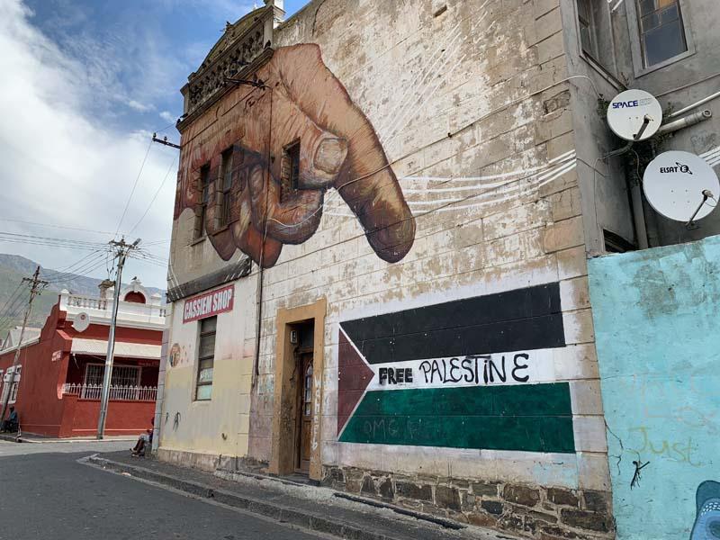 Free Palestine Mural Woodstock