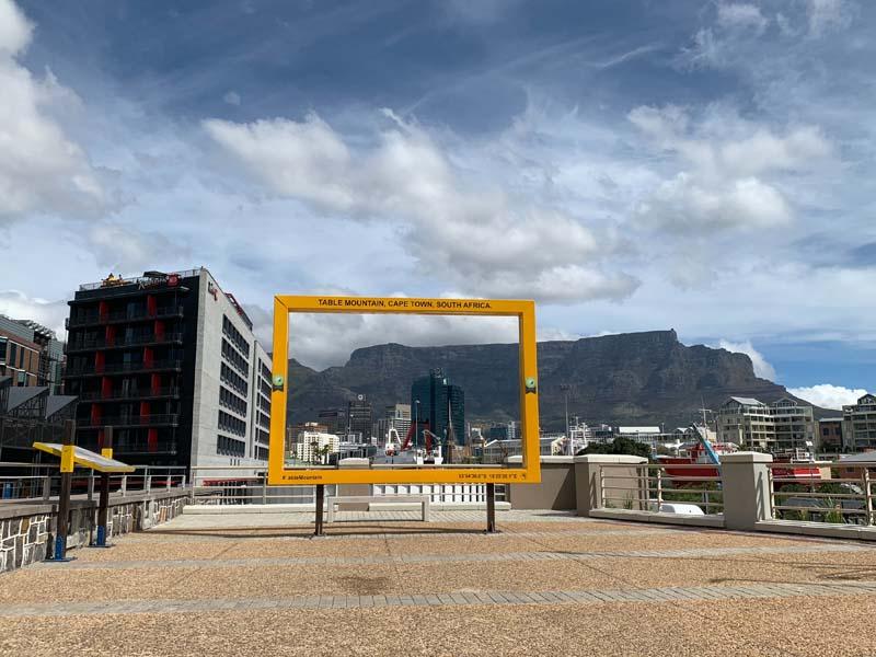Waterfront mit Blick auf den Tafelberg