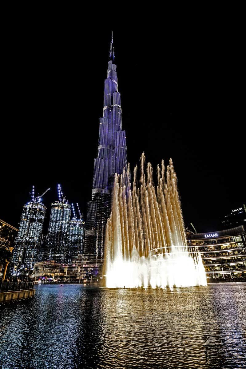 Sehenswürdigkeiten Burj Khalifa und Dubai Fountain bei Nacht
